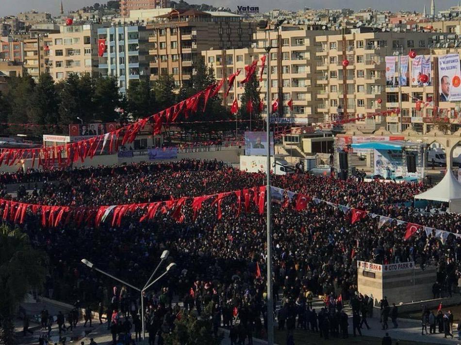 Cumhurbaşkanı Recep Tayyip Erdoğan'ı Şanlıurfa ziyaretinde Urfalılar meydanlara sığmadı