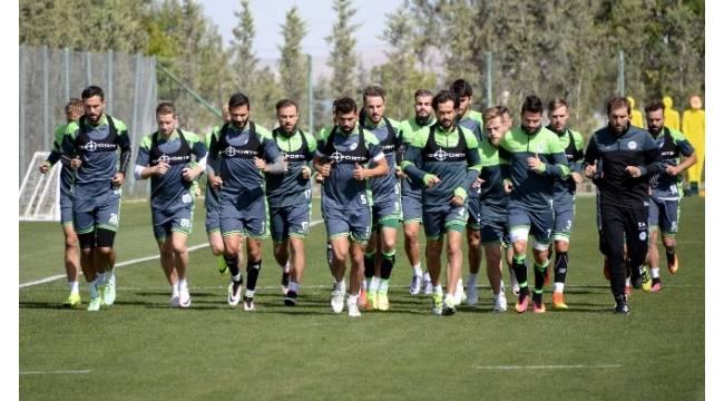 A. Konyaspor'da UEFA Avrupa Ligi mesaisi başladı