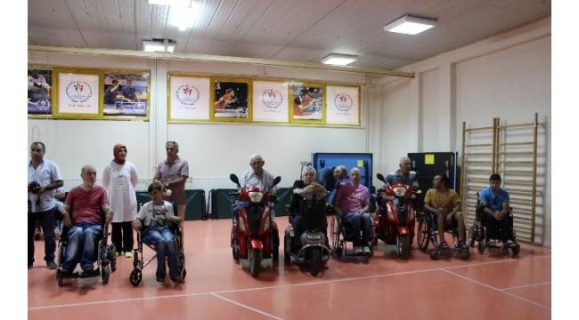 Ağır derece engelli bireylerin oynayabildiği boccia sporu tanıtıldı