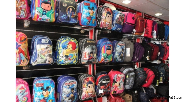 Ağır okul çantalarına dikkat
