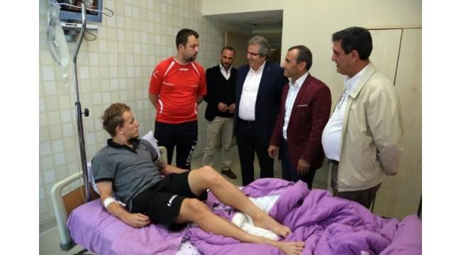 Alex Amado hastaneye kaldırıldı