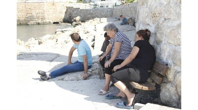 Antalya'da batan tur teknesinde kaybolan 2 kişi aranıyor