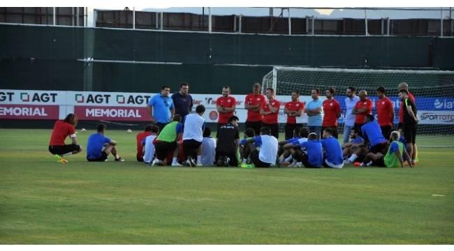 Antalyaspor'da erken mesai