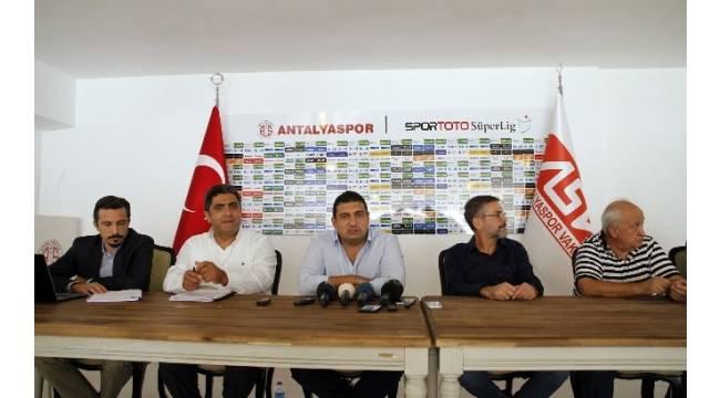 Antalyaspor'da Eto'o affedildi