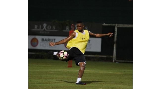 Antalyaspor'da Eto'o takımda kaldı