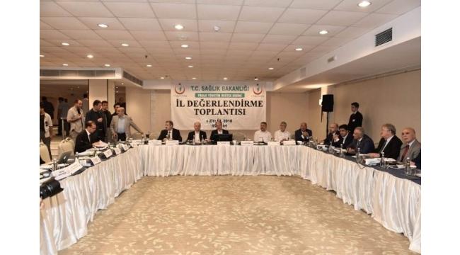 Bakan Akdağ, gerek olmadığı halde sezaryen ameliyatı yapan kuruluşları uyardı