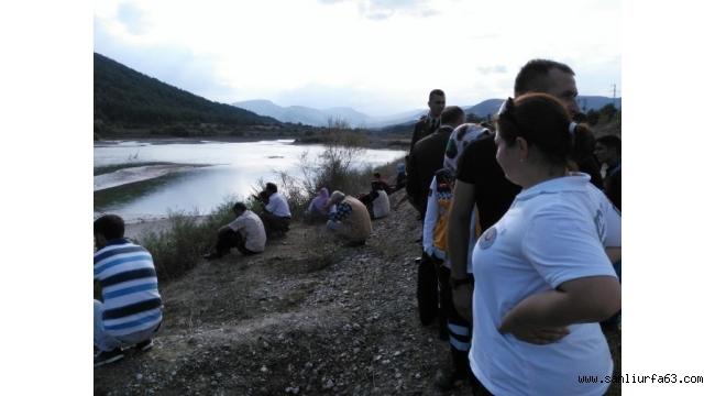Balık tutarken nehre düşen şahsı arama çalışmaları sürüyor