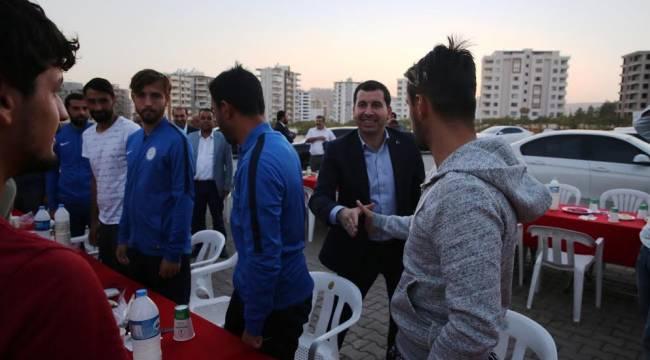 Başkan Baydilli Futbolcuları Tebrik etti