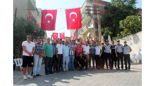 Beşiktaş Çarşı Grubu'ndan Akhisar'a anlamlı ziyaret