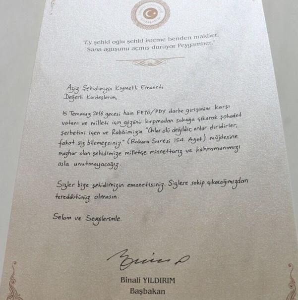 Demokrasi şehitlerimize Şükran belgesi verildi