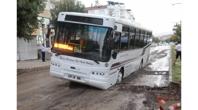 Elazığ'da sağanak yağış