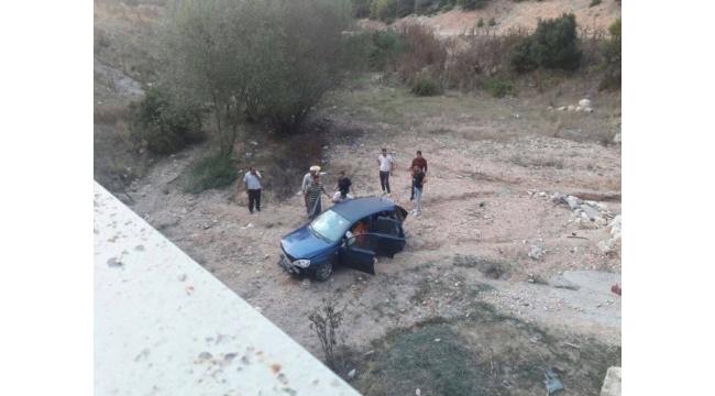Emet'te otomobil uçuruma yuvarlandı: 1 yaralı