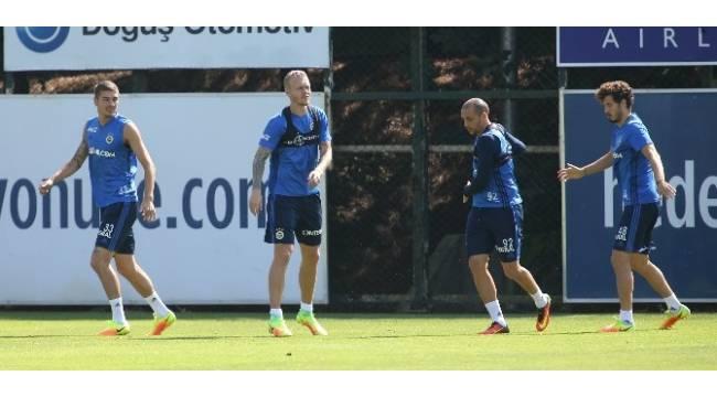 Fenerbahçe, Kasımpaşa maçının hazırlıklarını sürdürüyor