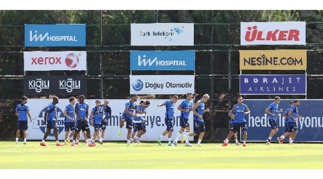 Fenerbahçe'de Bursaspor mesaisi sürüyor