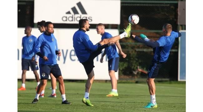Fenerbahçe'de Feyenoord hazırlıkları tamam