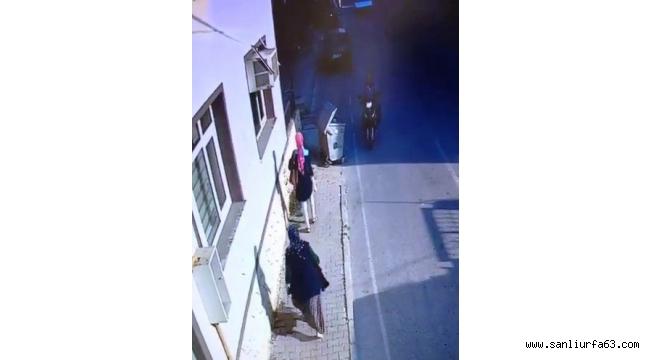 Fren yerine gaza basınca 2 kadını ezdi