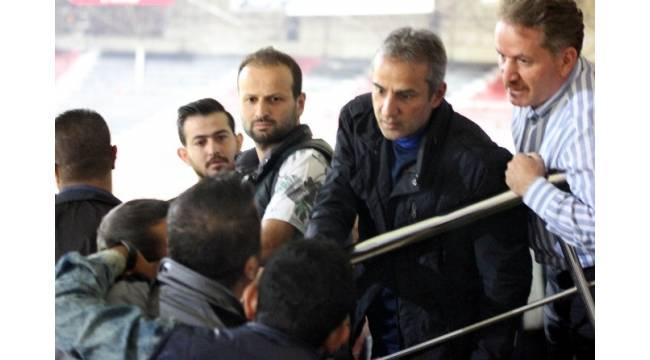 Gaziantepspor taraftarlarından İsmail Kartal'a tepki