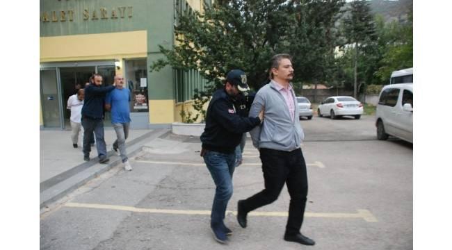 HDP Eş Genel Başkan Yardımcısı Altınörs ile birlikte 6 kişi tutuklandı
