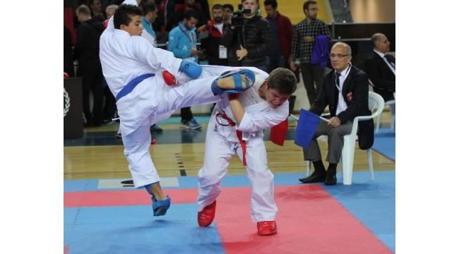 Karadeniz ve Hazar Ülkeleri Karate Şampiyonası Rize'de başladı