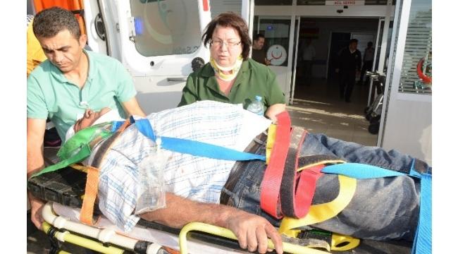 Kaza yapan kadın sürücü kocasının elini öperek özür diledi