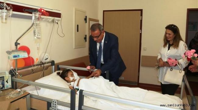 Kızıldemir ,Hastaları ziyaret etti