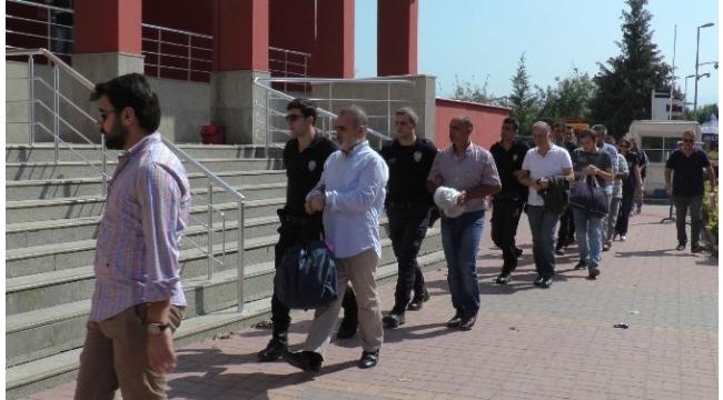 Kocaeli'de FETÖ operasyonu: 7 kişi adliyeye sevk edildi