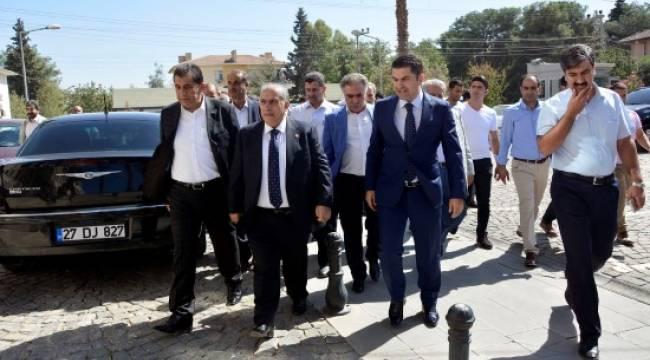 Mehmet Akyürek'ten Ceylanpınar'a ziyaret