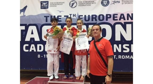 Milli yıldızlar Taekwondo Şampiyonası'na hızlı başladı