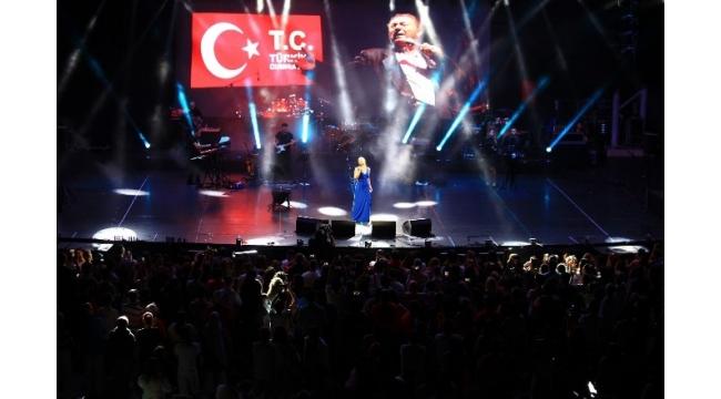 Nilüfer, EXPO 2016 Antalya'da sahne aldı