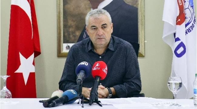 """Rıza Çalımbay: """"Kasımpaşa'da hedefim Şampiyonlar Ligi oynamaktı"""""""