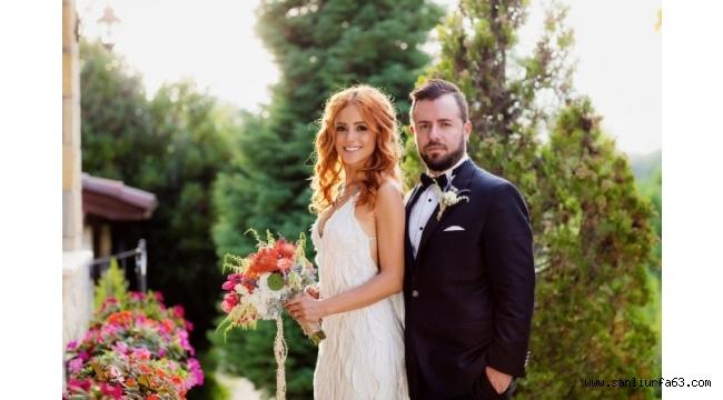 Rock müziğin efsane ismi Emre Aydın, 3. düğününü İstanbul'da yaptı