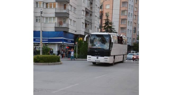 Saldırıya uğrayan Eskişehirspor taraftarları, Eskişehir'e gelmeye başladı