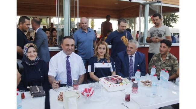 Şampiyon Nazmiye Muratlı Hatay'da davul zurna ile karşılandı