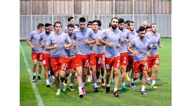 Samsunspor, ilk galibiyetini Mersin'de almak istiyor