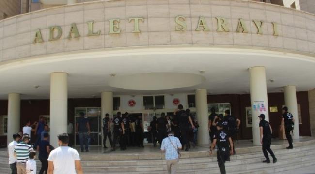 Şanlıurfa'da 8'i polis 9 kişi tutuklandı