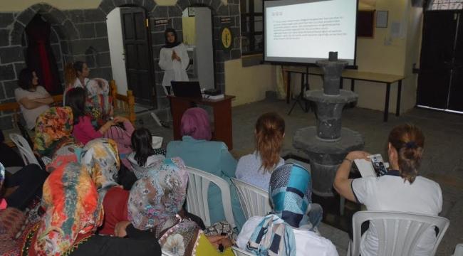 Siverekli bayanlar Okula hazırlık eğitim semineri