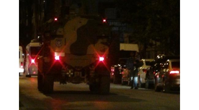 Tatvan'da askeri aracın geçişi sırasında patlama: 2 asker yaralı