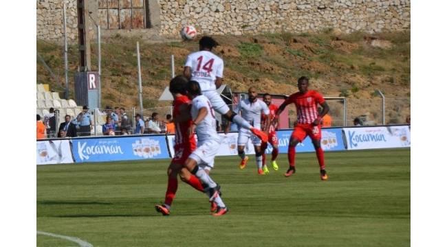 Sivasspor,Denizlispor'a 2-1 yenildi