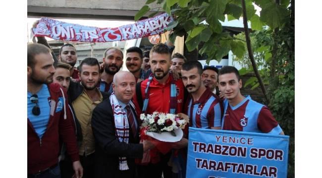 Trabzonspor'a Karabük'te coşkulu karşılama