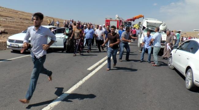 Urfa'da Feci kaza 1 Ölü,14 Yaralı,6 darptan yaralı