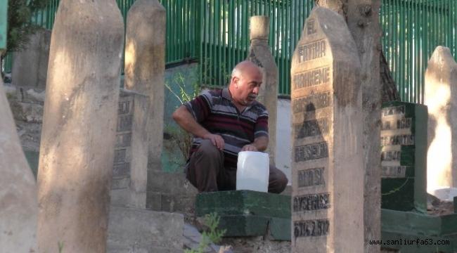 Urfa'da Mezarlıklarda hüzün vardı
