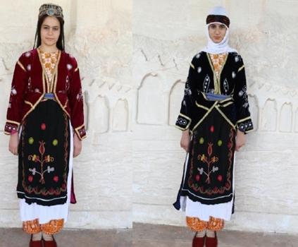Urfa Halk oyunlarında Bayan giyim, kuşam ve takıları
