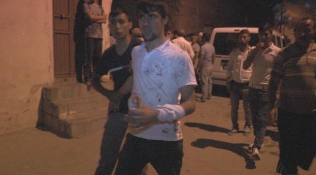 Urfalılar ile Suriyeliler kavga etti.3 Yaralı