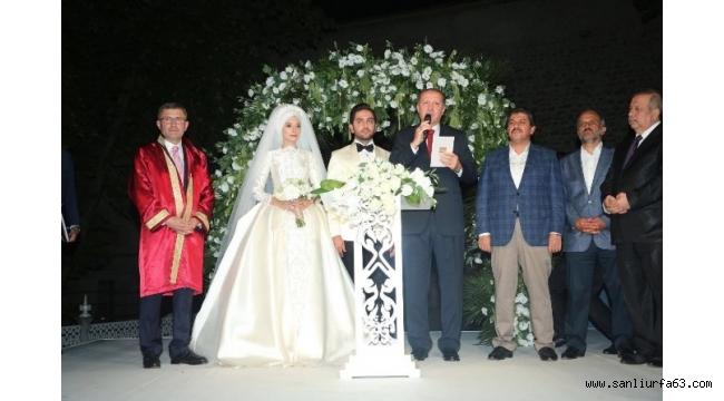 Yasin Darbaz ve Kübra Kurt hayatlarını birleştirdi
