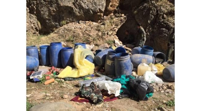 13 PKK'lının öldürüldüğü operasyonda çok sayıda silah ele geçirildi