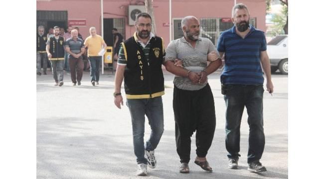 Adana'da 4 firari yakalandı