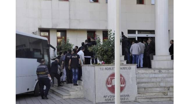 Afyonkarahisar'daki FETÖ operasyonunda 19 kişi adliyeye sevk edildi