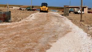 Akçakale'de yolu olmayan bir köy stabilize yoluna kavuştu