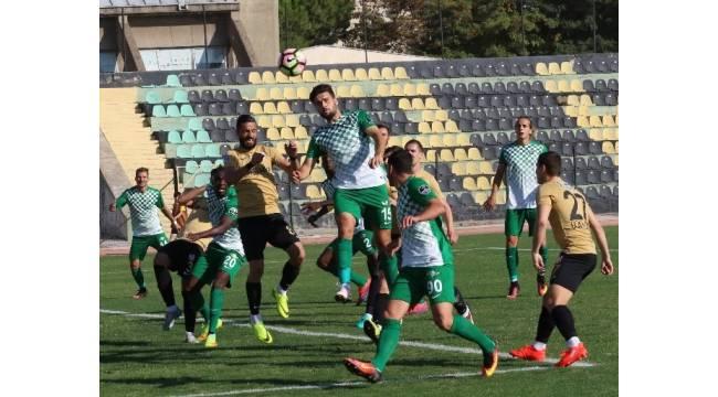 Akhisar Belediyespor hazırlık maçında Balıkesirspor ile 2-2 berabere kaldı