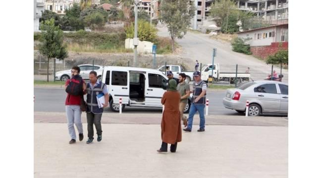 Alanya'da FETÖ soruşturması: 2 öğretmen adliyede